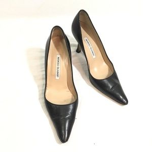 Manolo Blahnik Classic Black Leather Pumps Heels